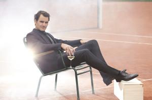 62396-Roger_Federer_Moat_Chandon-original