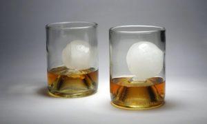 bourbon-glasses-with-cubes-v2-580x348