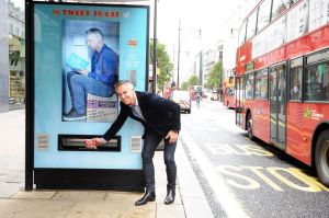 Gary-Lineker-for-Walkers-interactive-but-stop_thumbnail