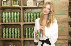 showbiz-rosie-huntingdon-whiteley-coca-cola-green-4