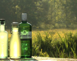 gordons-gin-cocktails_bg