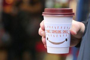 PretMakeSomeoneSmilecoffeesleeve-20160118101044592