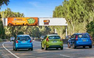 wizz-fizz-halloween-countdown-on-oohs-digital-billboard-mascot-southern-cross-drive-oct-16-1