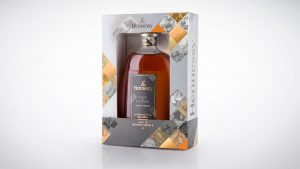 hen013-fine-de-cognac_3q-shot-16x9_lr