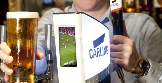 Carling Digital Font to Entertain Pub Goers at the Bar