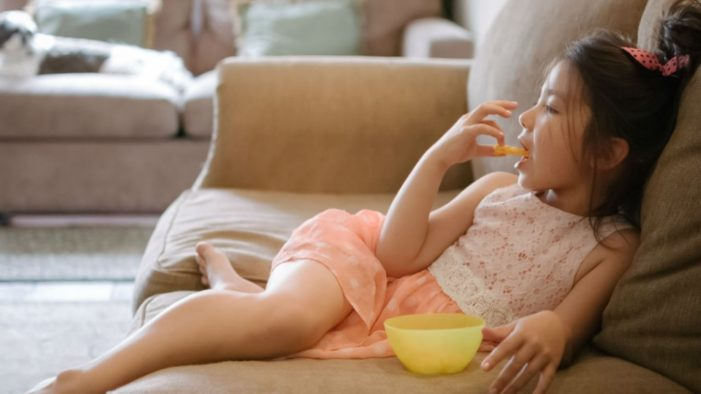 World Obesity Federation Calls for Clampdown on Junk Food Ads that Target and Track Children